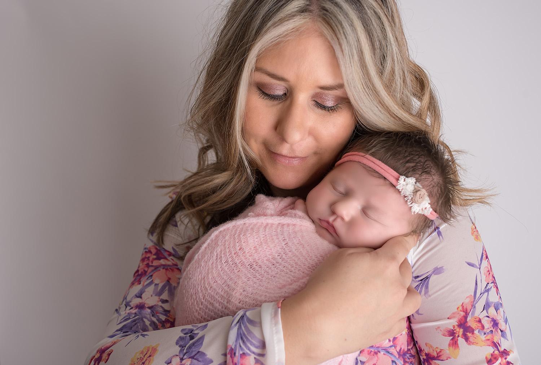 south-florida-baby-photographer-family-newborn-photography-wellington-mom-mother-portrait-pregnancy-studio-jill-calefate.jpg