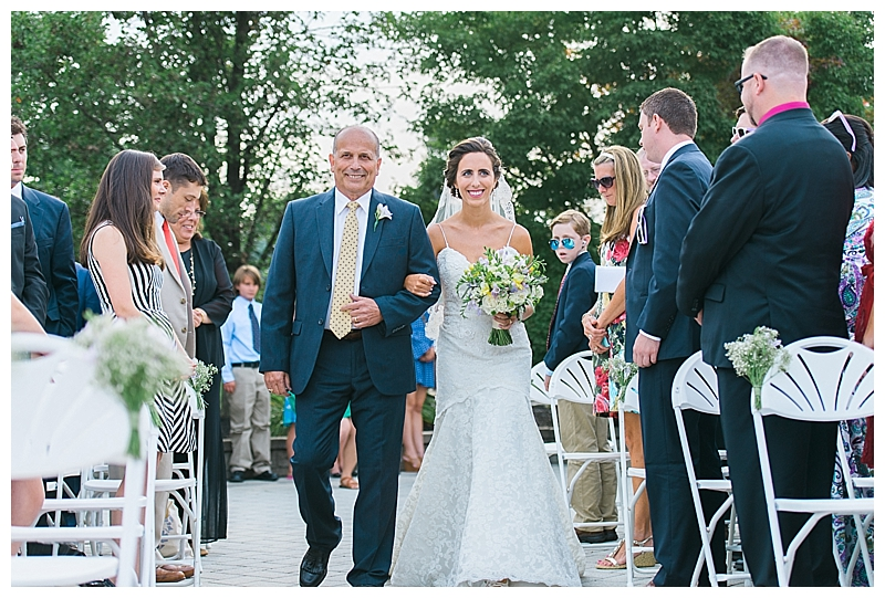 Red Oak Weddings | New York, New Jersey and Pennsylvania wedding vendors, resources and inspiration for the modern couple | Real Weddings | Jennifer Larsen Photography