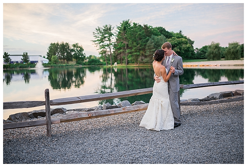 For the modern couple planning their wedding in NY, NJ + PA. Real weddings, engagements, inspiration + more!
