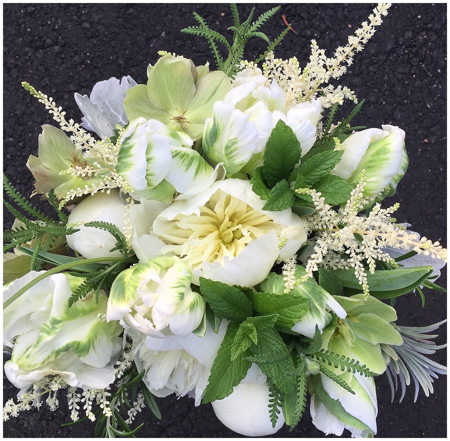 Red Oak Weddings | Wedding + Lifestyle Blog for the Modern Couple in NY, NJ + PA | Meet-the-Maker | Kerry Patel Floral Designs