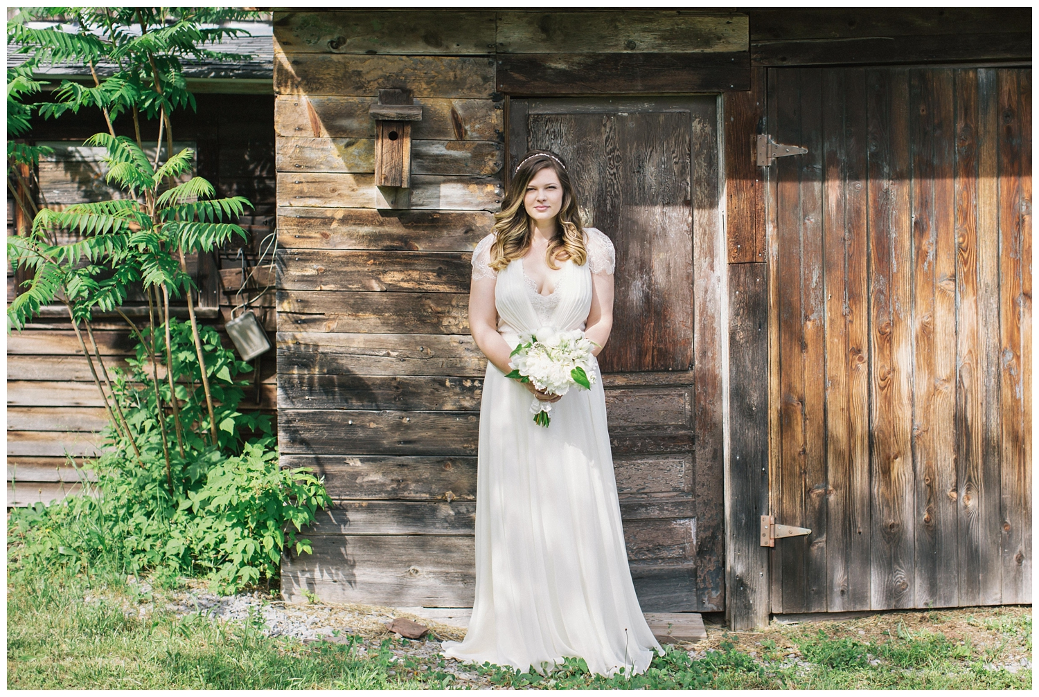 The Roxbury Barn Wedding Venue | Bride  | Barn Wedding