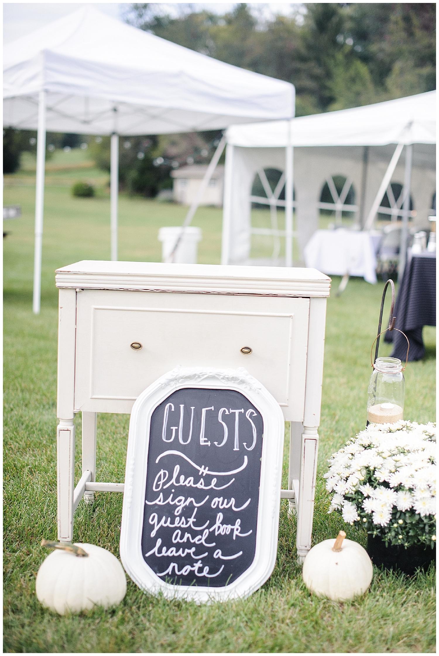 Red Oak Weddings | Intimate Backyard wedding in Lancaster, PA | Olivia Rae Photography