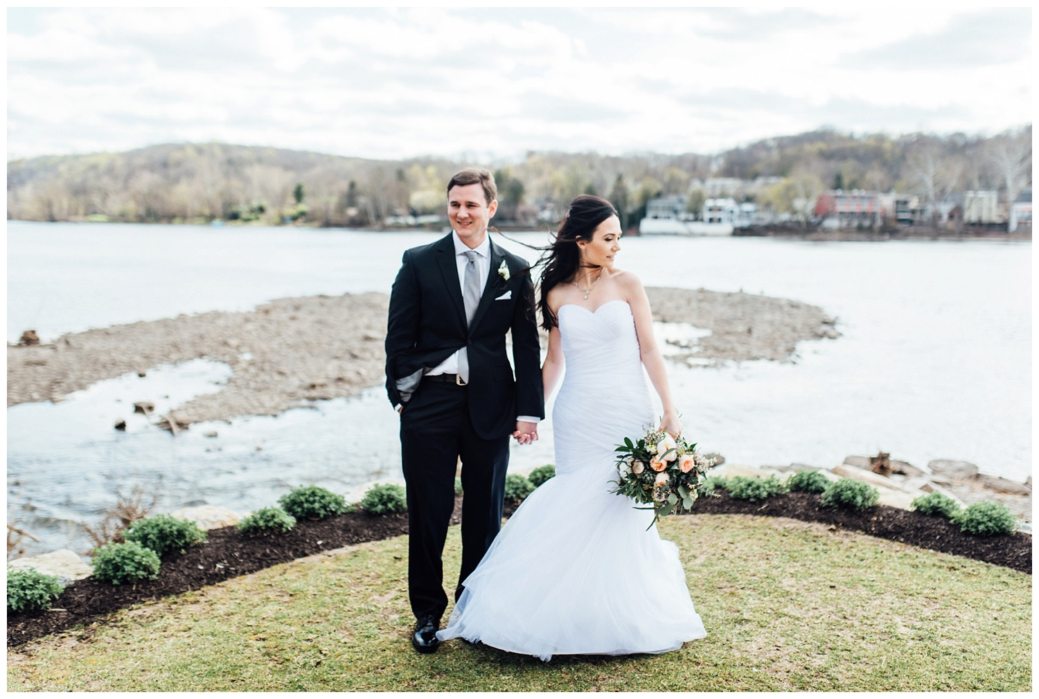New York, New Jersey and Pennsylvania wedding vendors, resources and inspiration for the modern couple | Bride and Groom by water