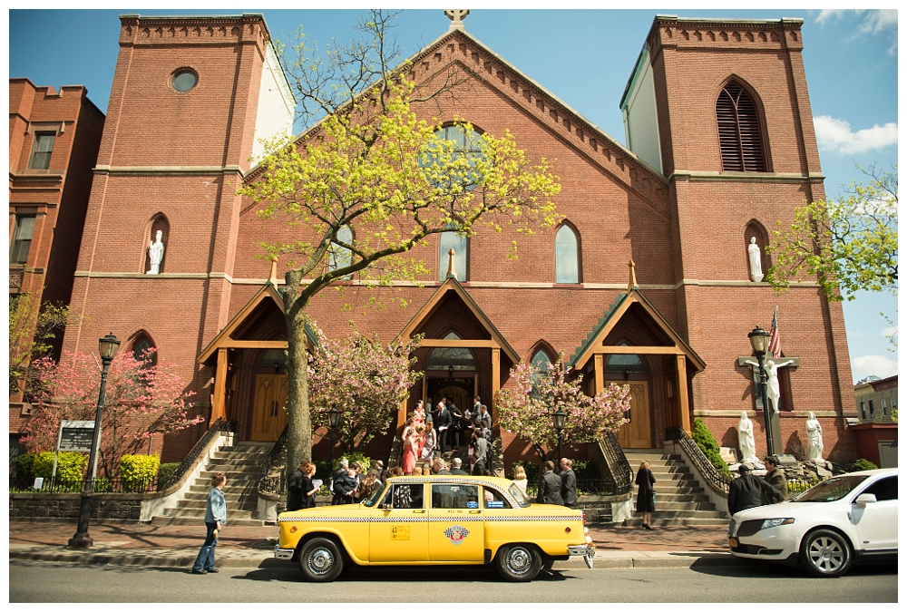 New York Weddings | Holy Name of Jesus church, Brooklyn, NY | Real weddings, engagements and inspiration for the modern NY Bride | www.redoakweddings.com