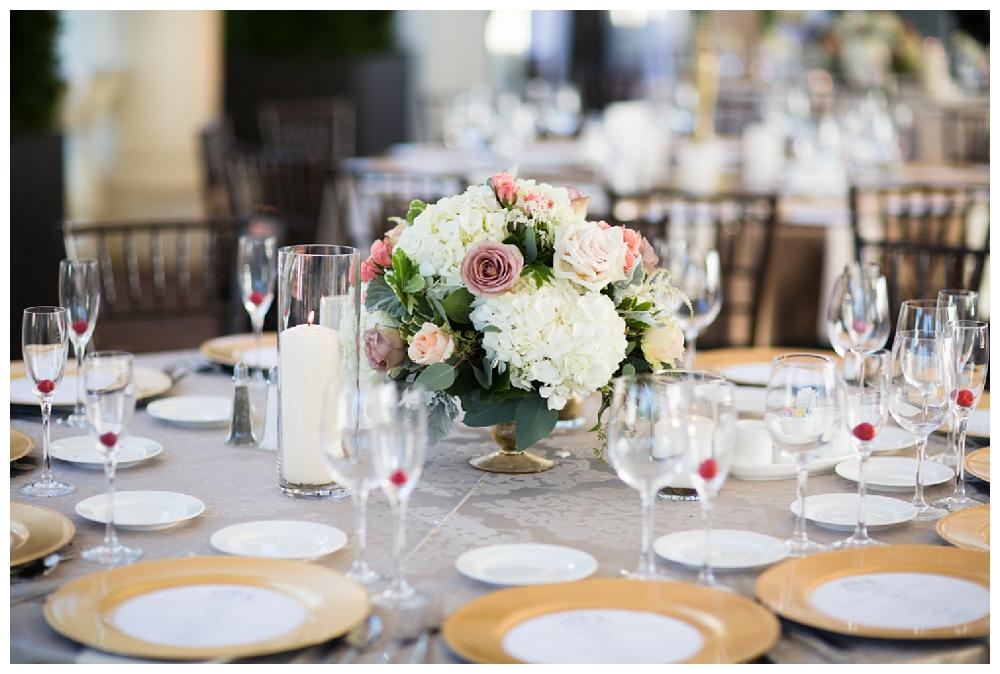 Pennsylvania | Fairmount Water Works Philadelphia, PA | Real weddings, engagements and inspiration for the modern PA Bride | www.redoakweddings.com