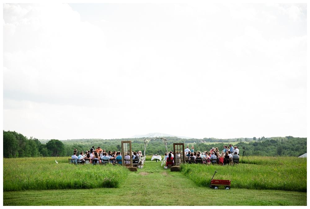 Pennsylvania Weddings | Fiddle Lake Farm, Thompson PA  | Real weddings, engagements and inspiration for the modern PA Bride | www.redoakweddings.com