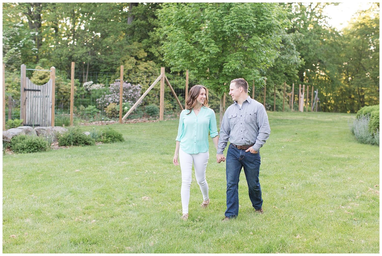 New Jersey Engagement Session | Cross Estate Gardens | Bernardsville, NJ | www.redoakweddings.com