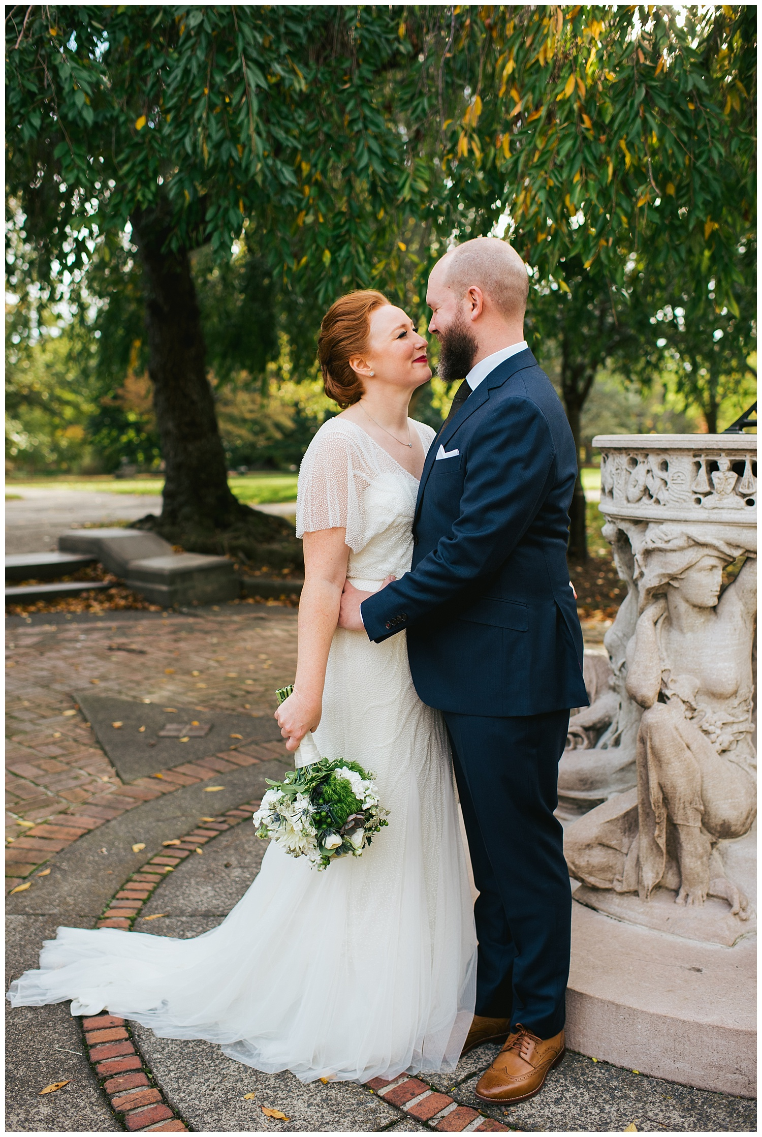 Philly Wedding at Fairmount Park Horticulture Center | Philadelphia, PA | www.redoakweddings.com