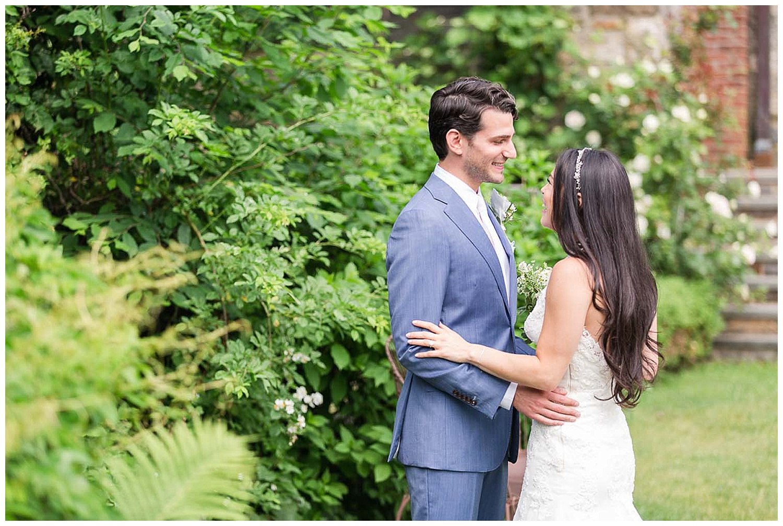 Hudson Valley Farm Wedding | Blue Hill at Stone Farm | www.redoakweddings.comHudson Valley Farm Wedding | Blue Hill at Stone Farm | www.redoakweddings.com