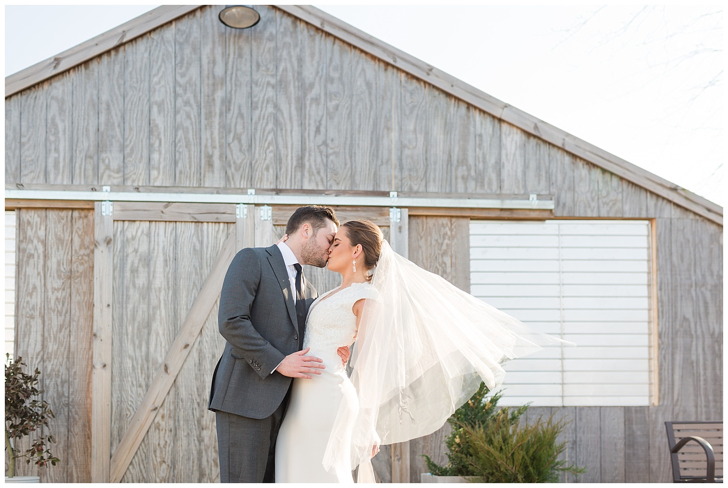 Spring Wedding Inspiration | Bast Brothers Garden Center | Mullica Hill, NJ | www.redoakweddings.comv
