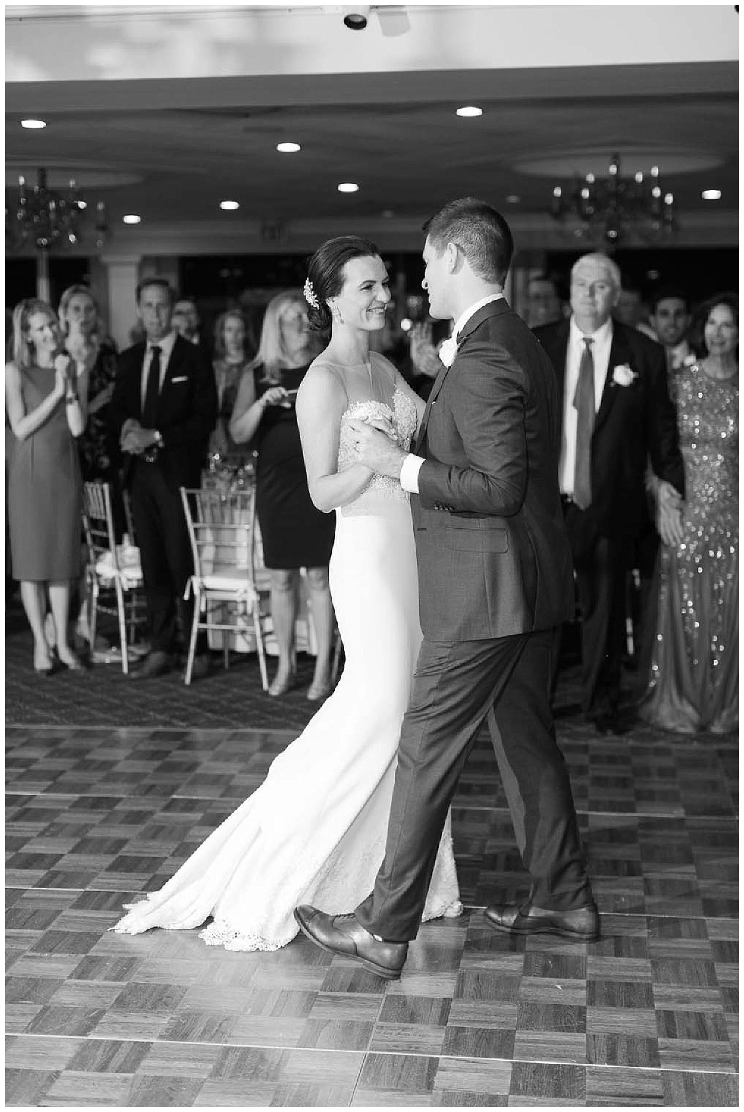 Larchmont Shore Club Wedding | Larchmont, NY | www.redoakweddings.com