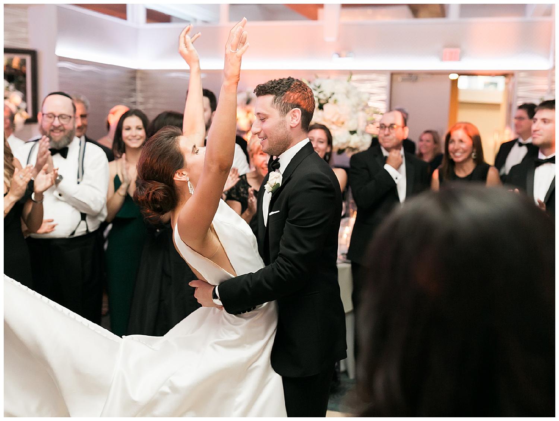 Crescent Beach Club Wedding | Black Tie Beach Wedding | Bayville, NY | www.redoakweddings.com