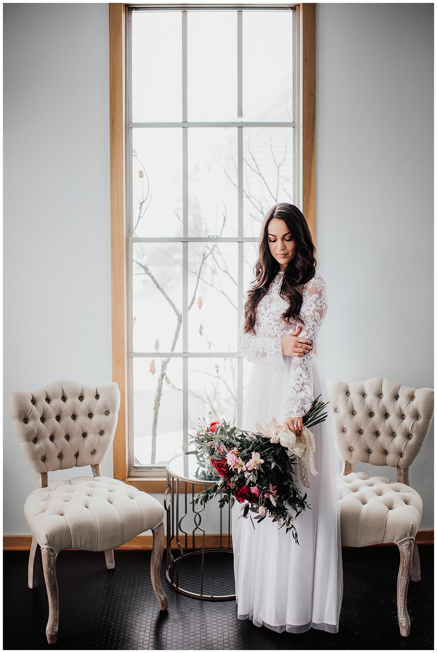 Valentines Day Wedding Inspiration | Upstate New York Wedding Inspiration | Syracuse, NY | www.redoakweddings.com