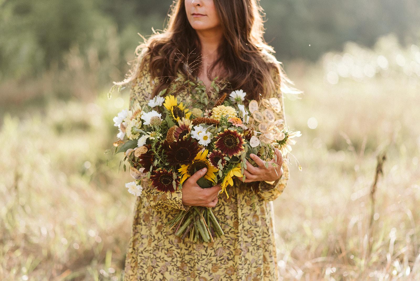 Hemlock_Hellebore_Sunflowers-34.jpg