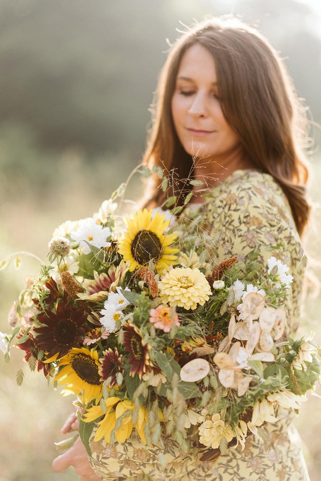 Hemlock_Hellebore_Sunflowers-9.jpg