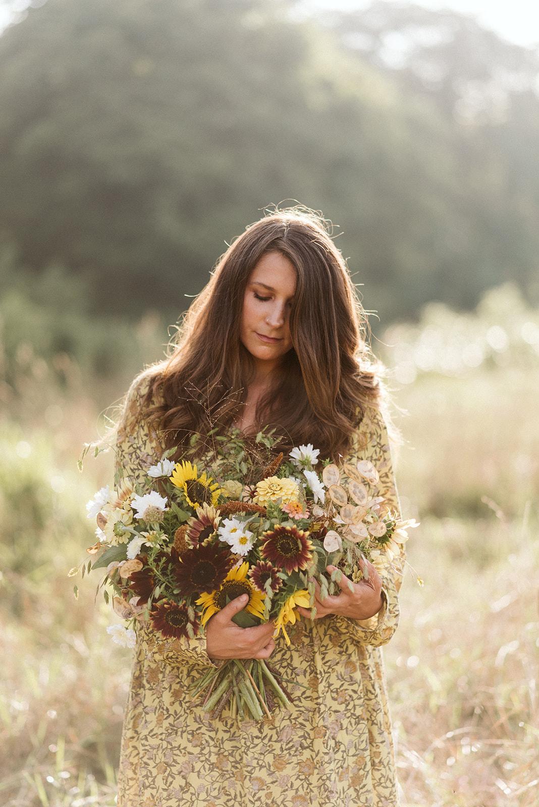 Hemlock_Hellebore_Sunflowers-33.jpg