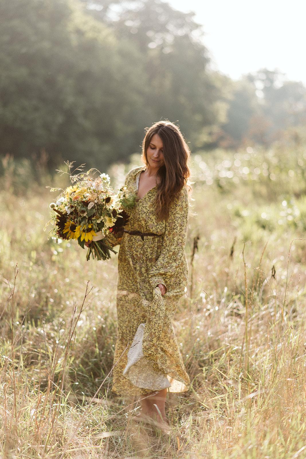 Hemlock_Hellebore_Sunflowers-25.jpg