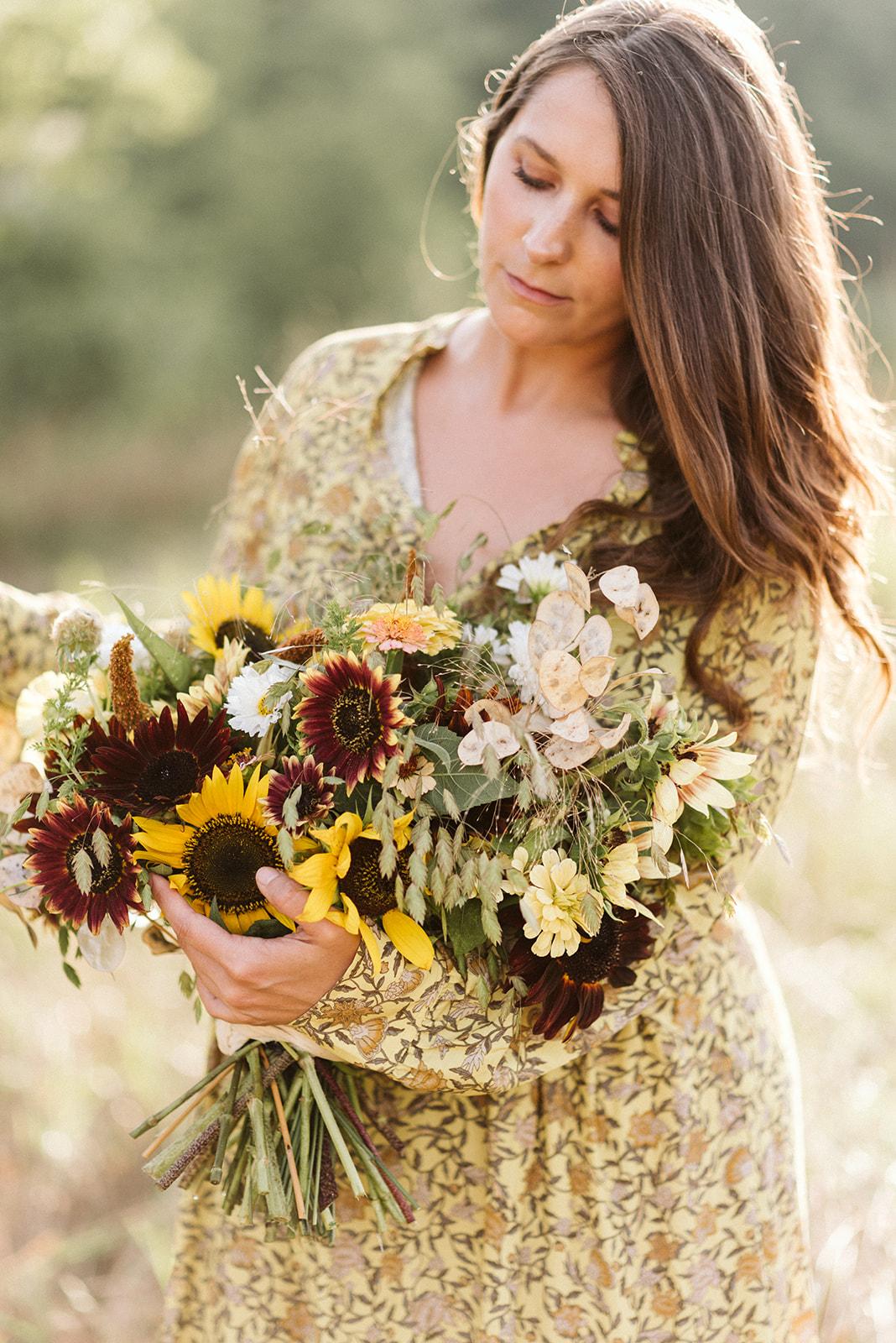 Hemlock_Hellebore_Sunflowers-40.jpg