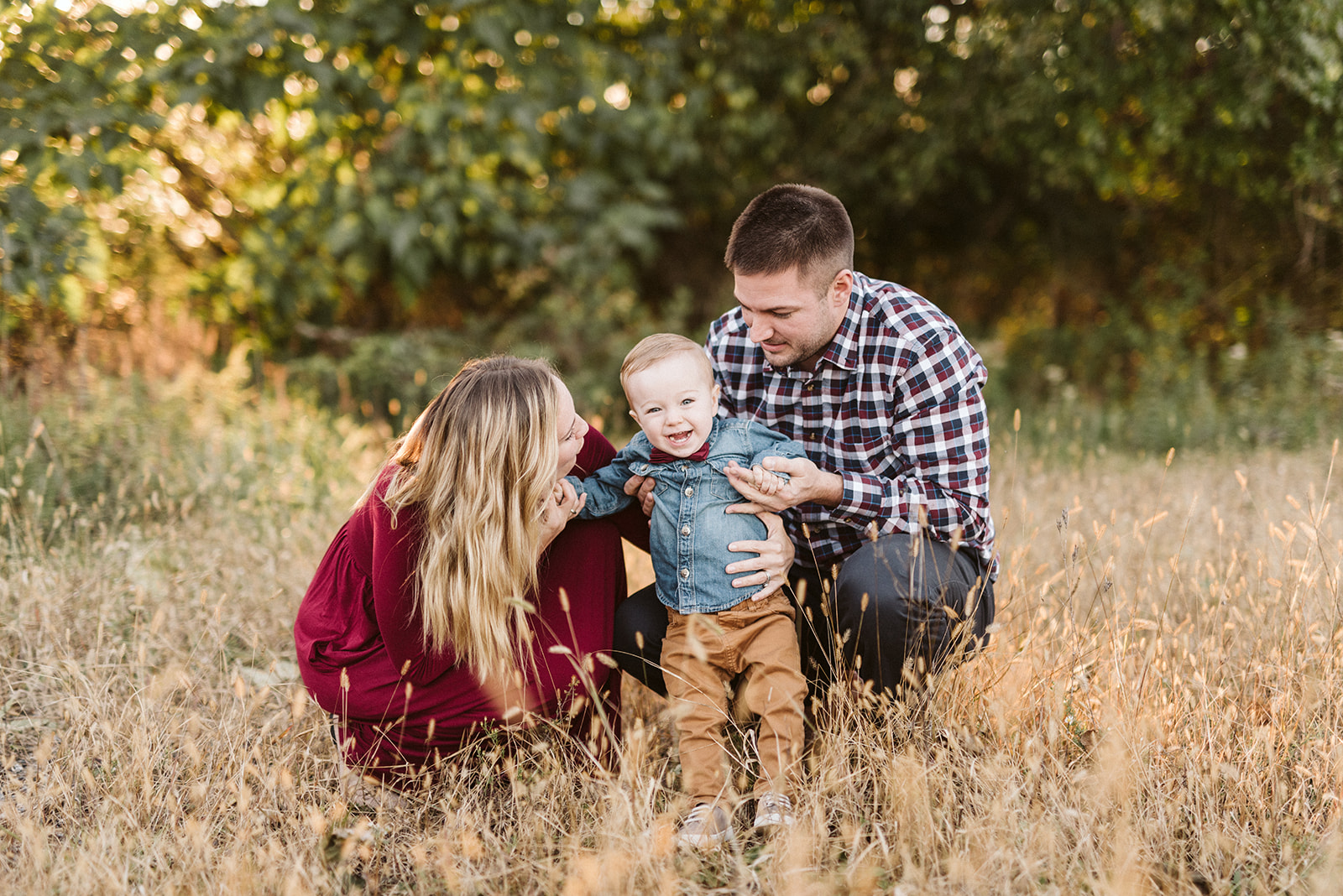 Family photos in Lancaster, PA by Alyssa Christine Photography.