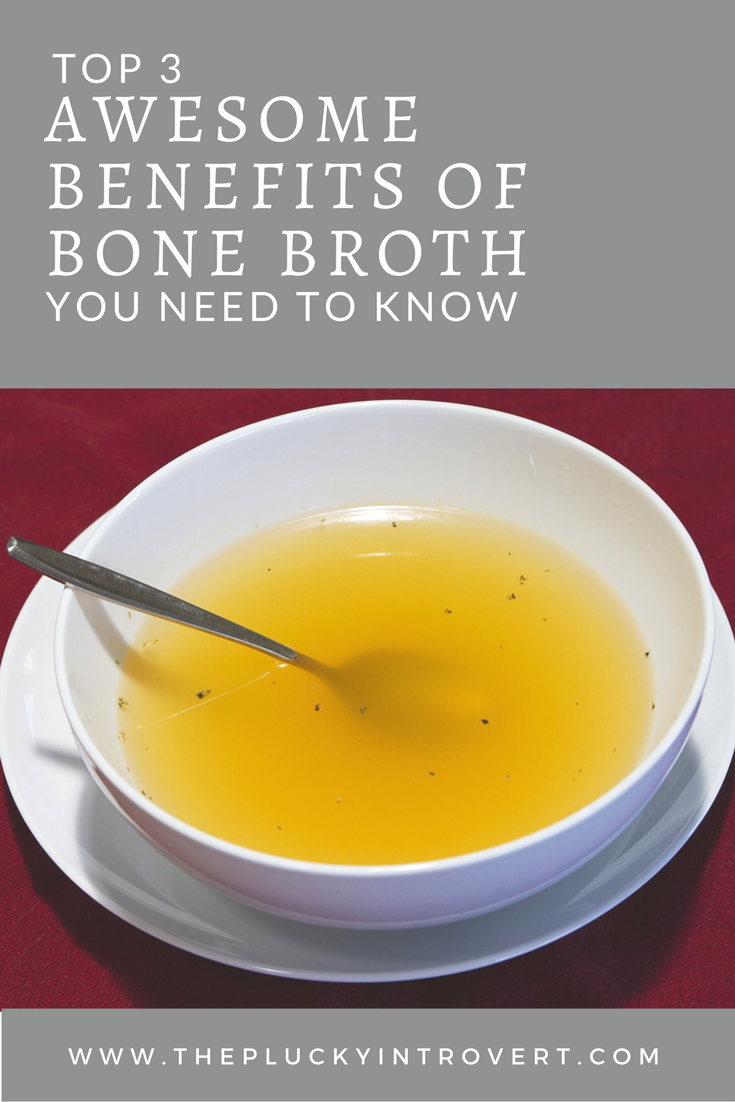 I love this easy to understand guide to the top benefits of bone broth - great for those with IBS, digestive disorders, new moms, people with sore joint...the list goes on!