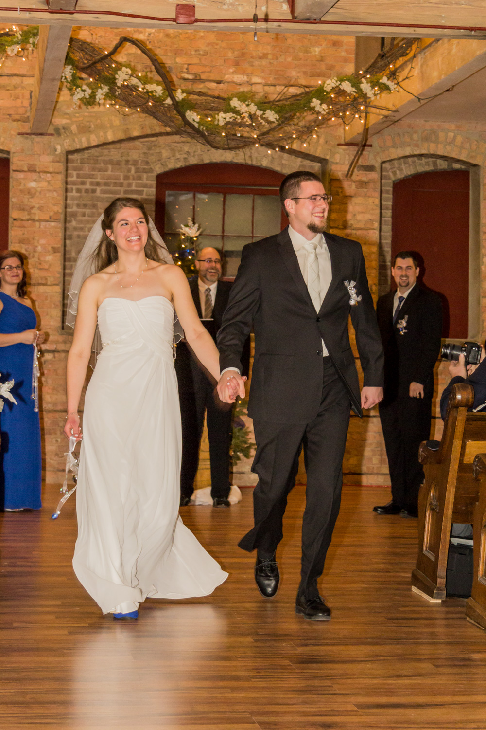 starline_factory_harvard_illinois_christmas_wedding_5.jpg
