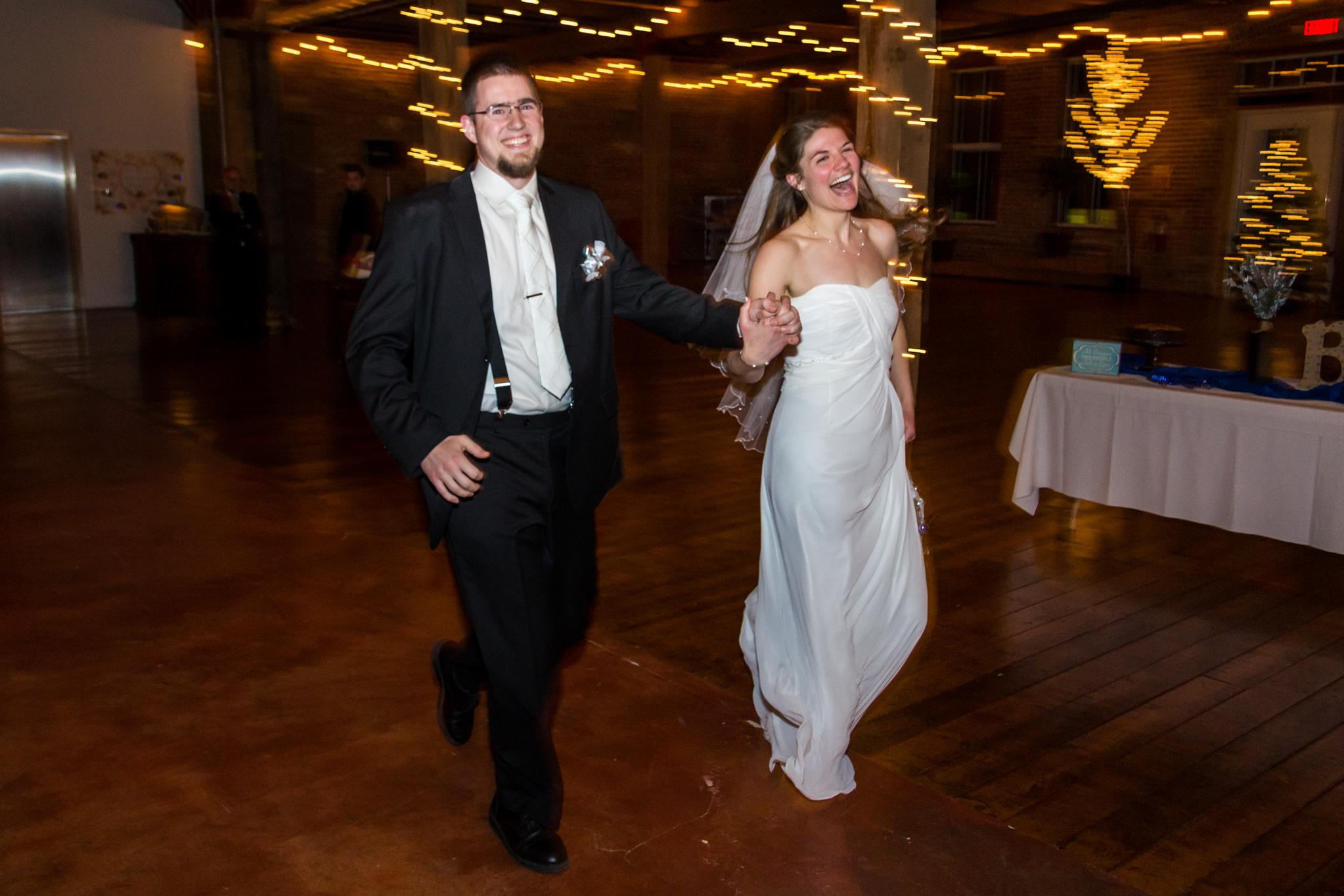 bride_groom_wedding_harvard_illinios_1.jpg