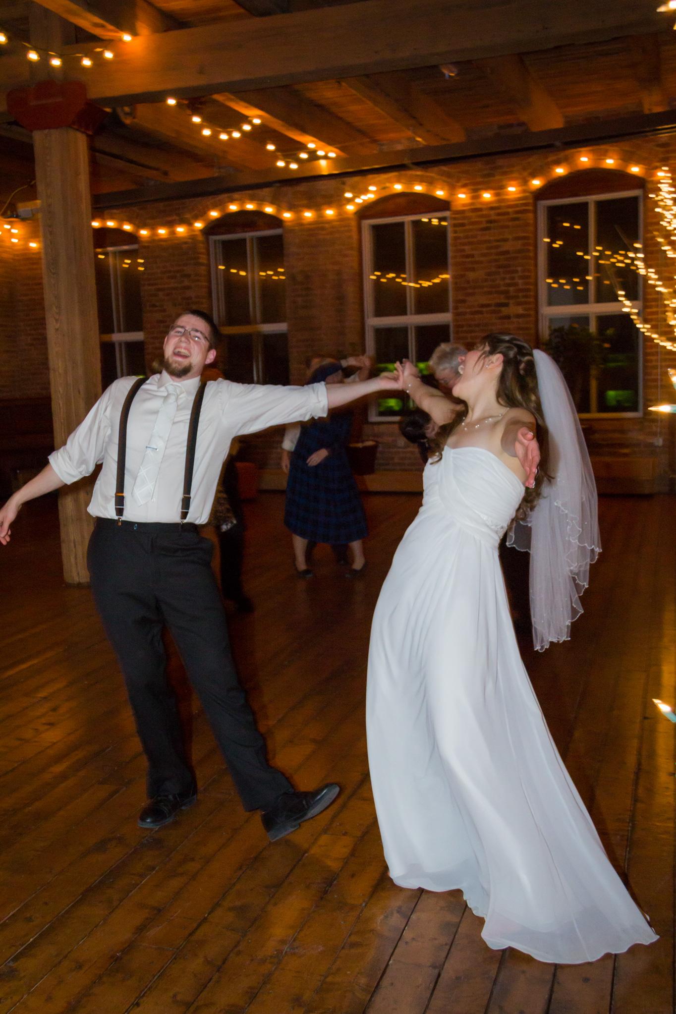 ben_sierra_wedding_dancing_-ring_reception_2.jpg
