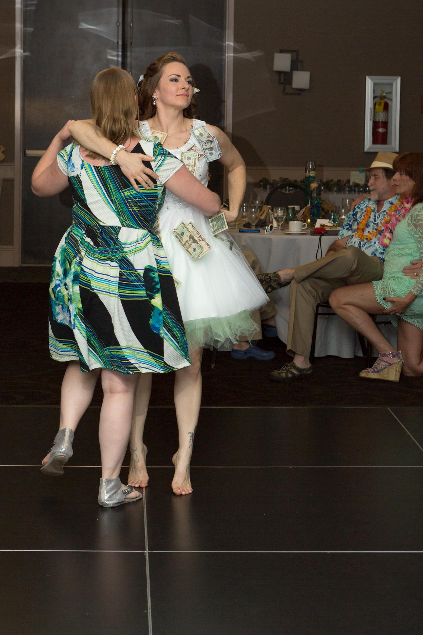 bride_groom_money_dance_reception_3.jpg