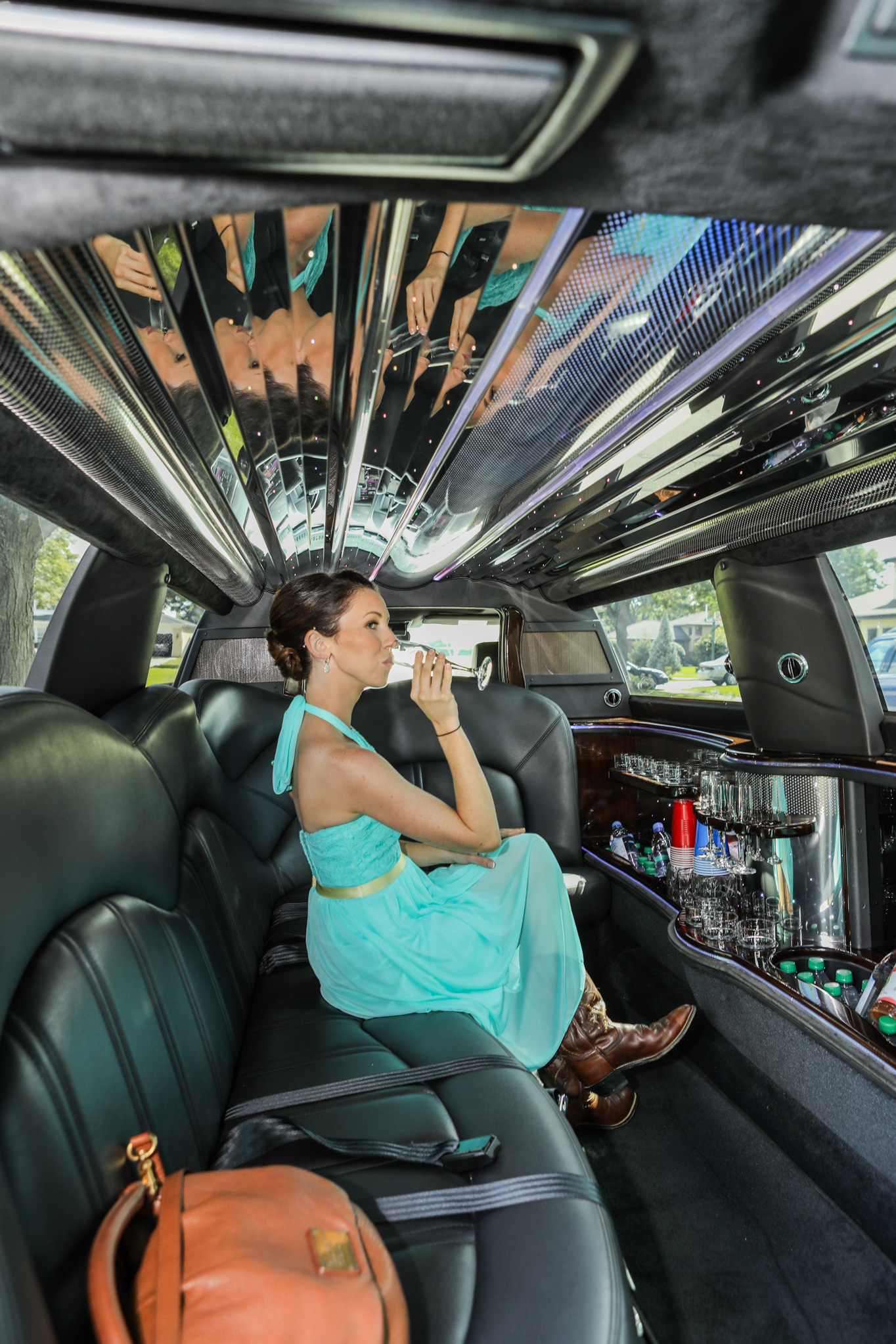 annie_bride_getting-_ready_limousine_barrington_wedding_2.jpg
