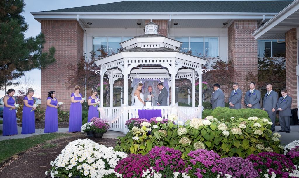meggan_chris_wedding_st_charles_hilton_photography_bride_groom.jpg