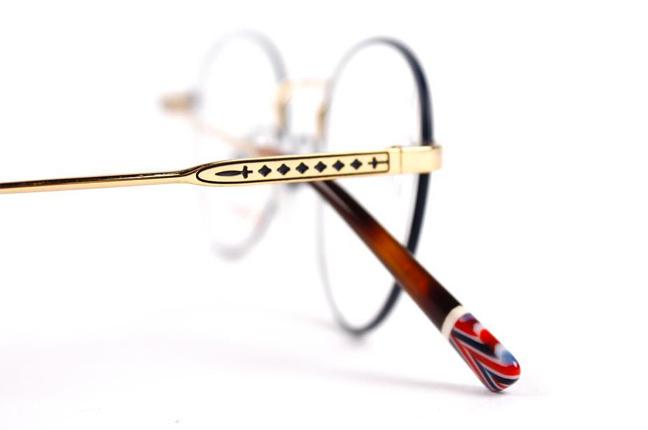 occhiali-etnia-barcelona-4-648x430.jpg