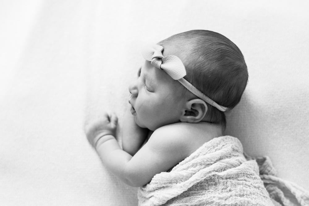 booth newborn 5.jpg