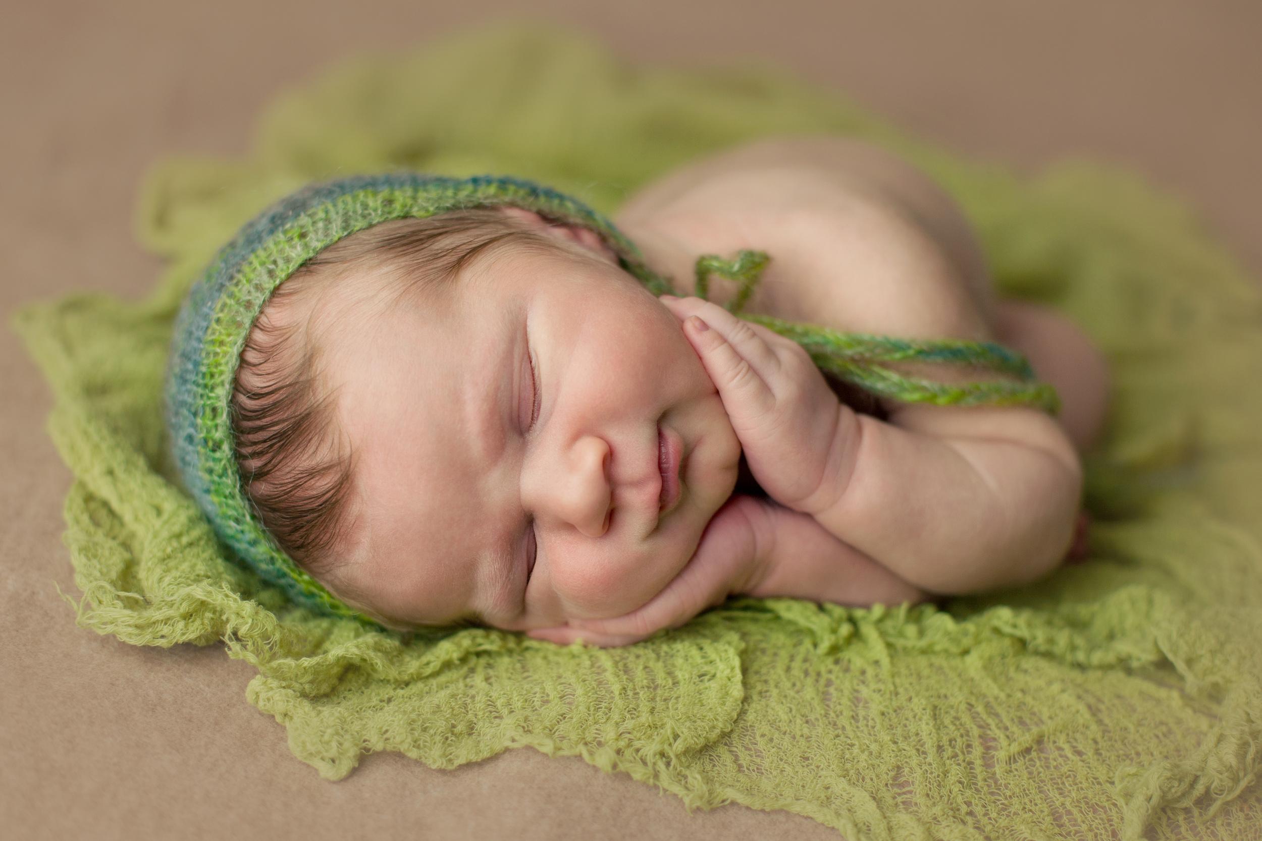 buckley newborn -3.jpg