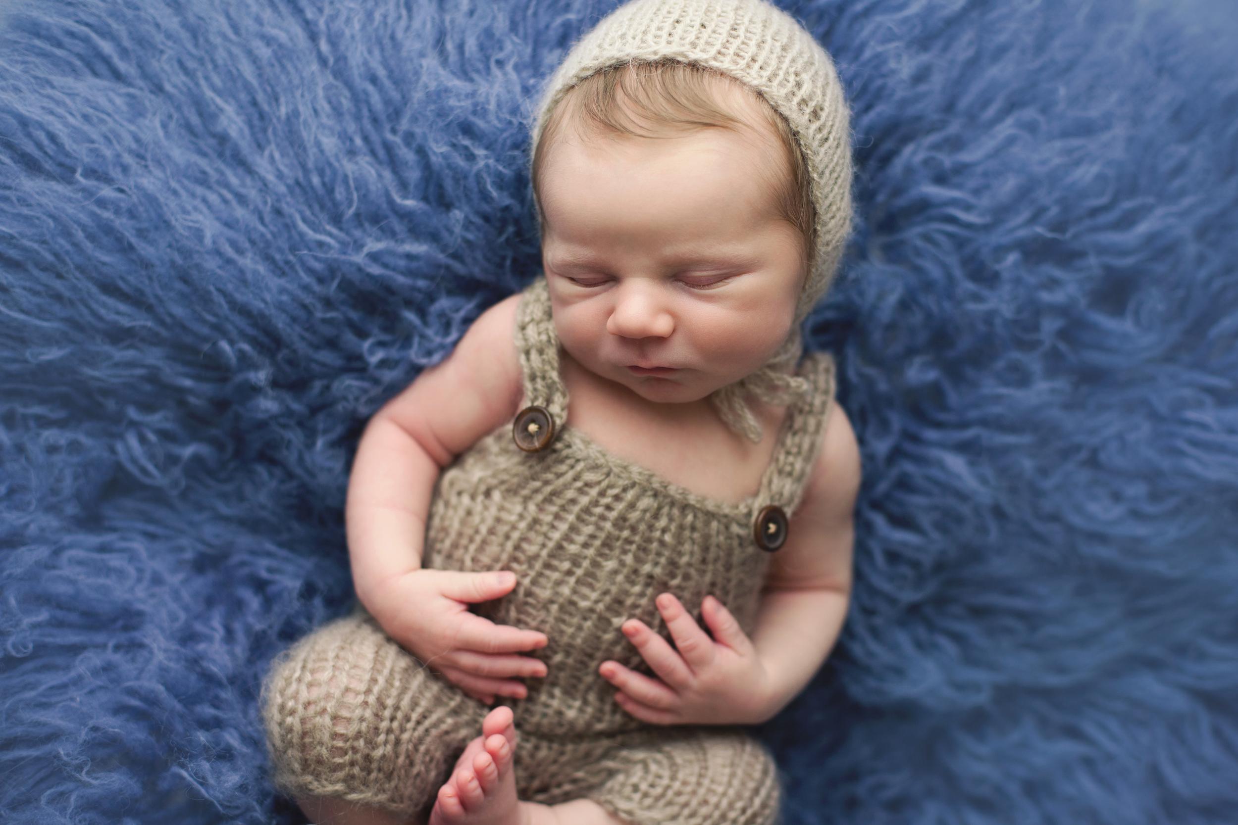 buckley newborn -32.jpg