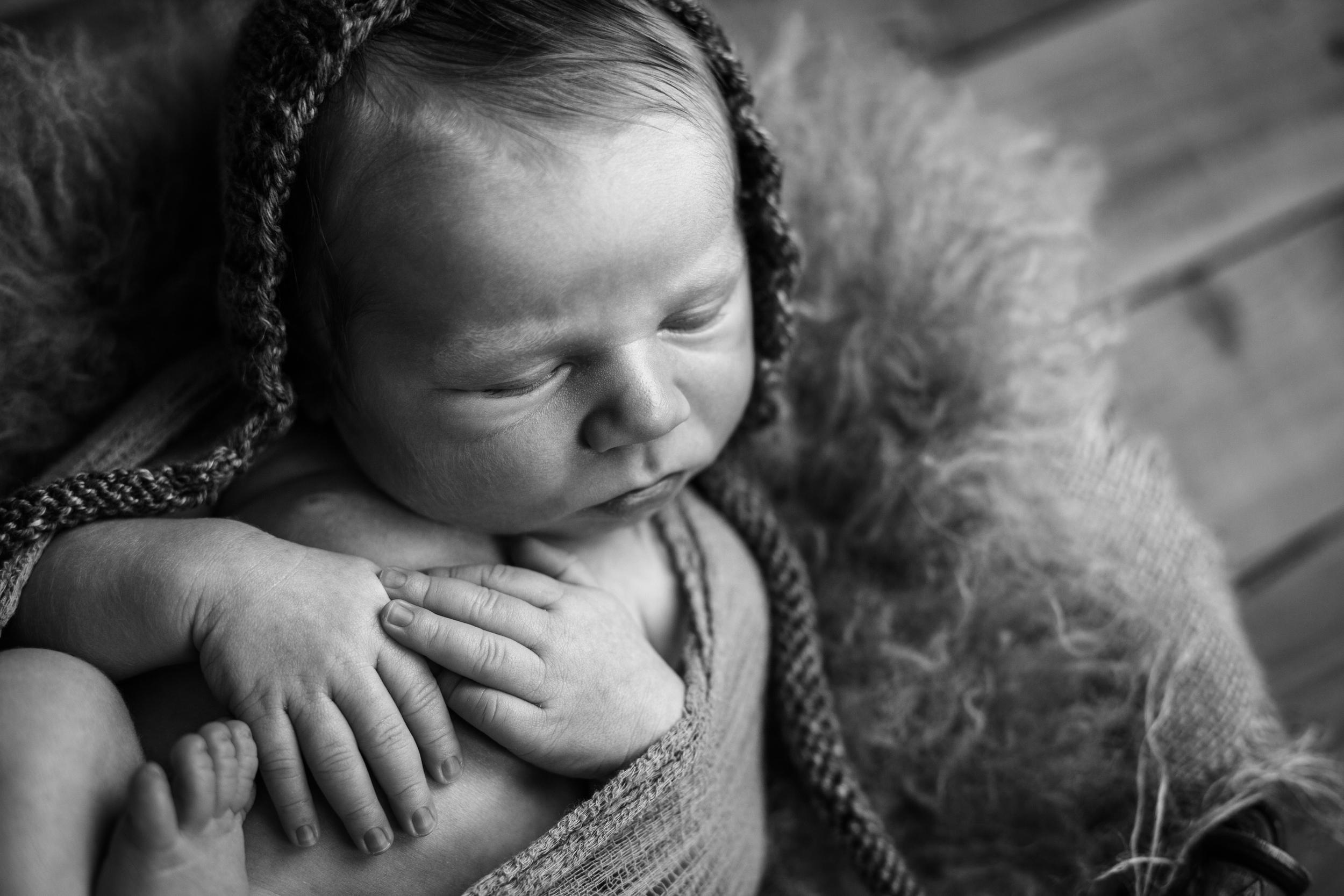 buckley newborn -68.jpg