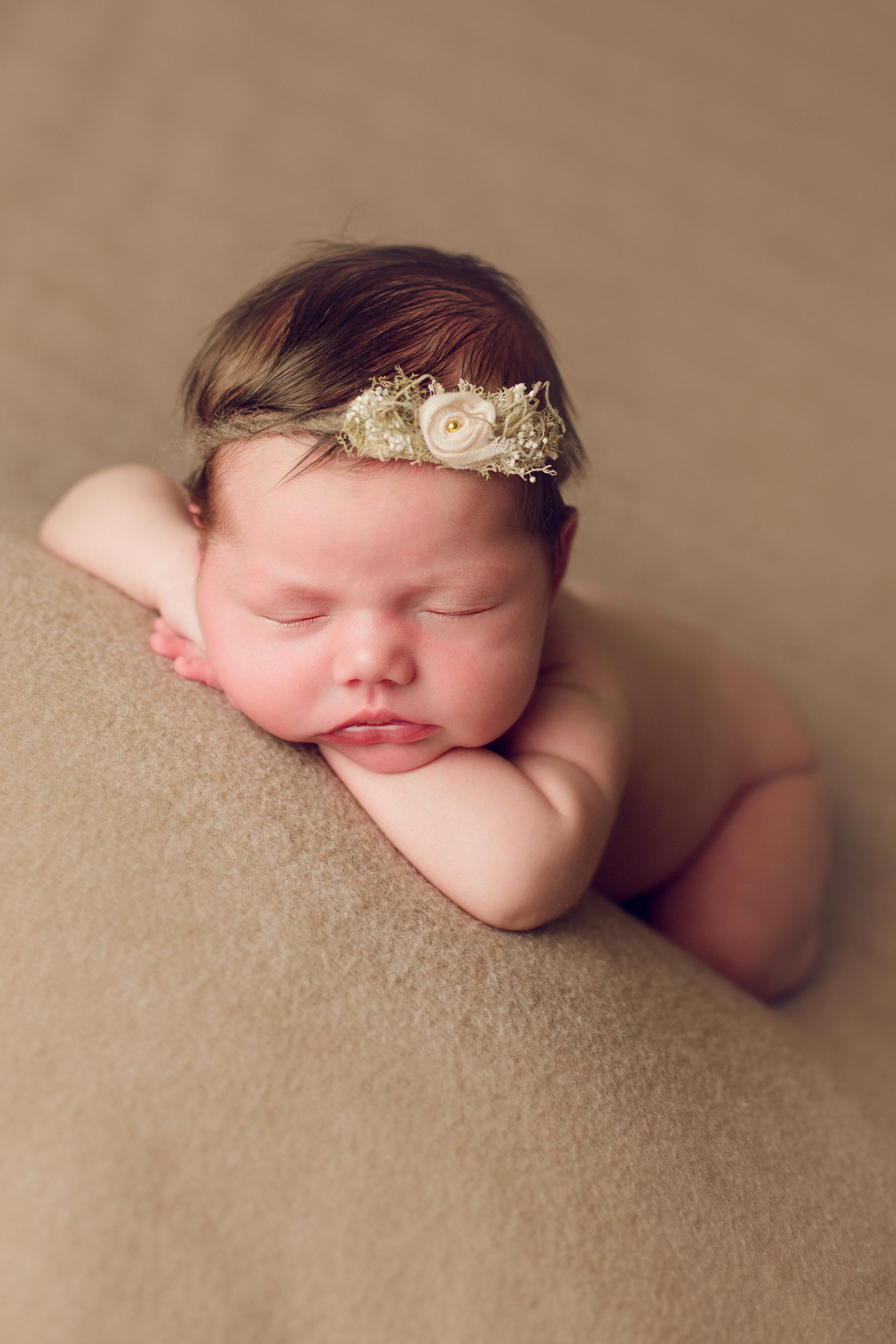 mackenzie newborn  (48).jpg