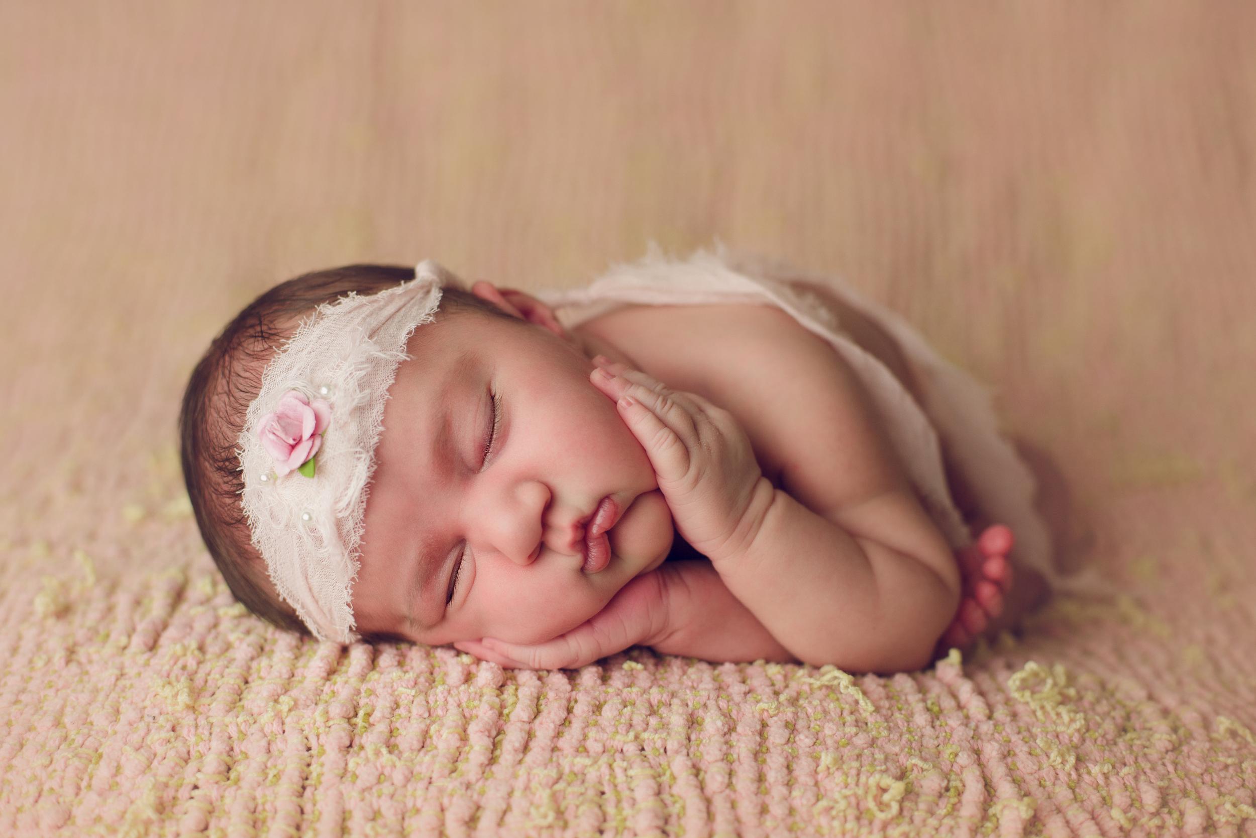 ruby newborn  (2).jpg