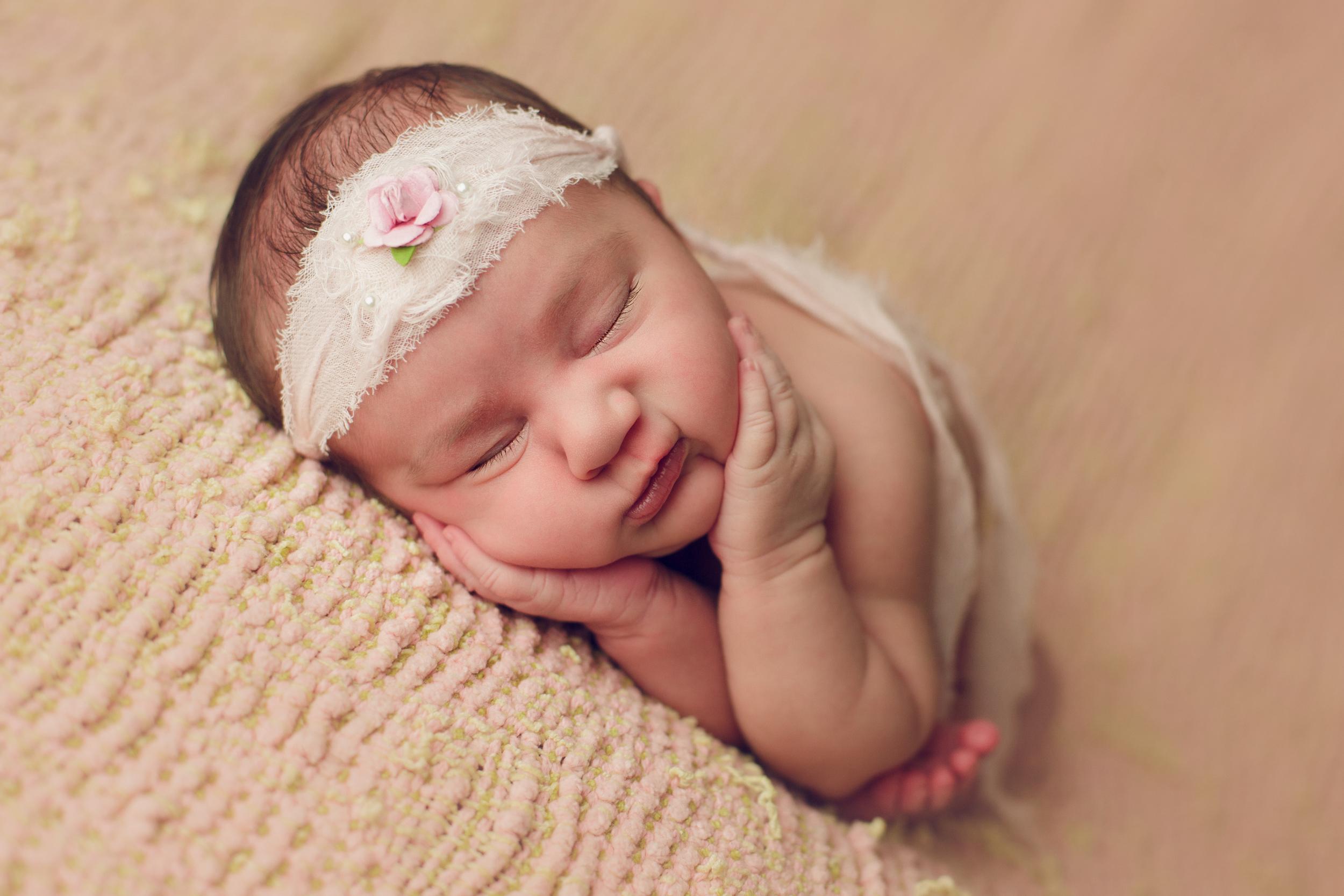 ruby newborn  (4).jpg