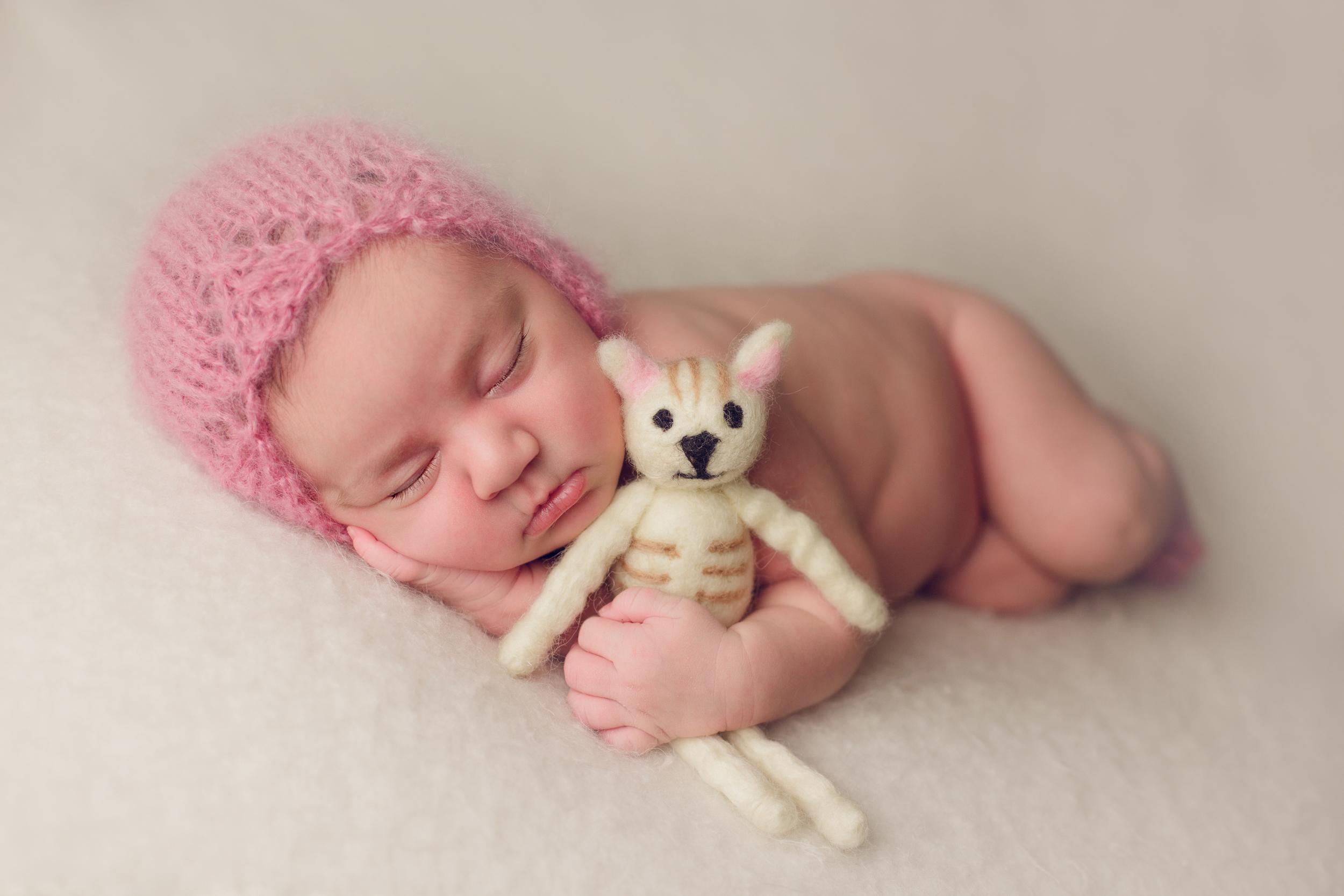 ruby newborn  (31).jpg