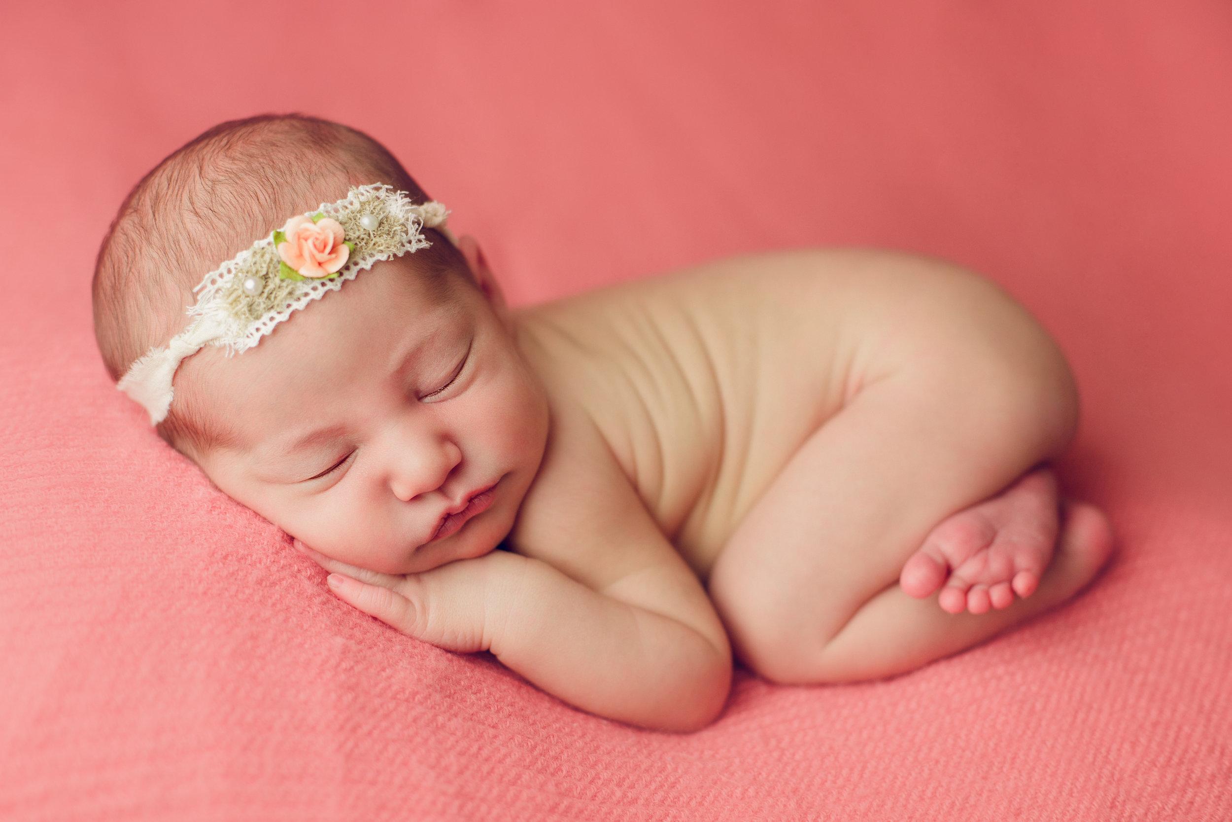 bellina newborn  (21).jpg
