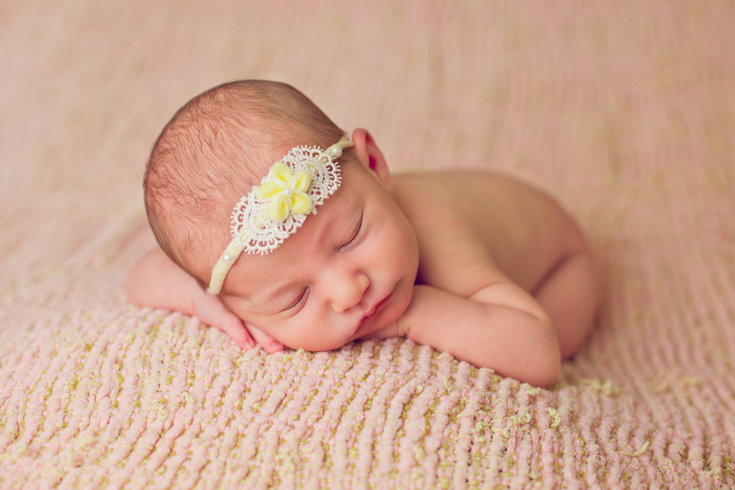 bellina newborn  (33).jpg