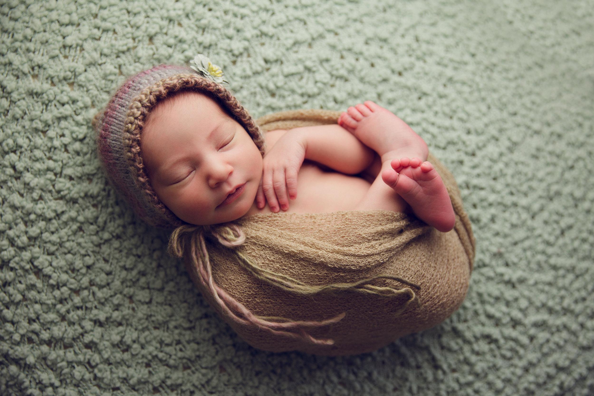 bellina newborn  (47).jpg