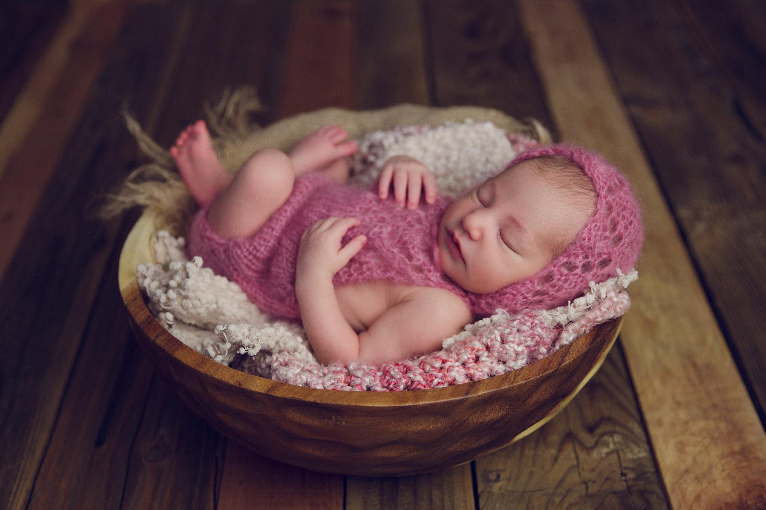 bellina newborn  (57).jpg
