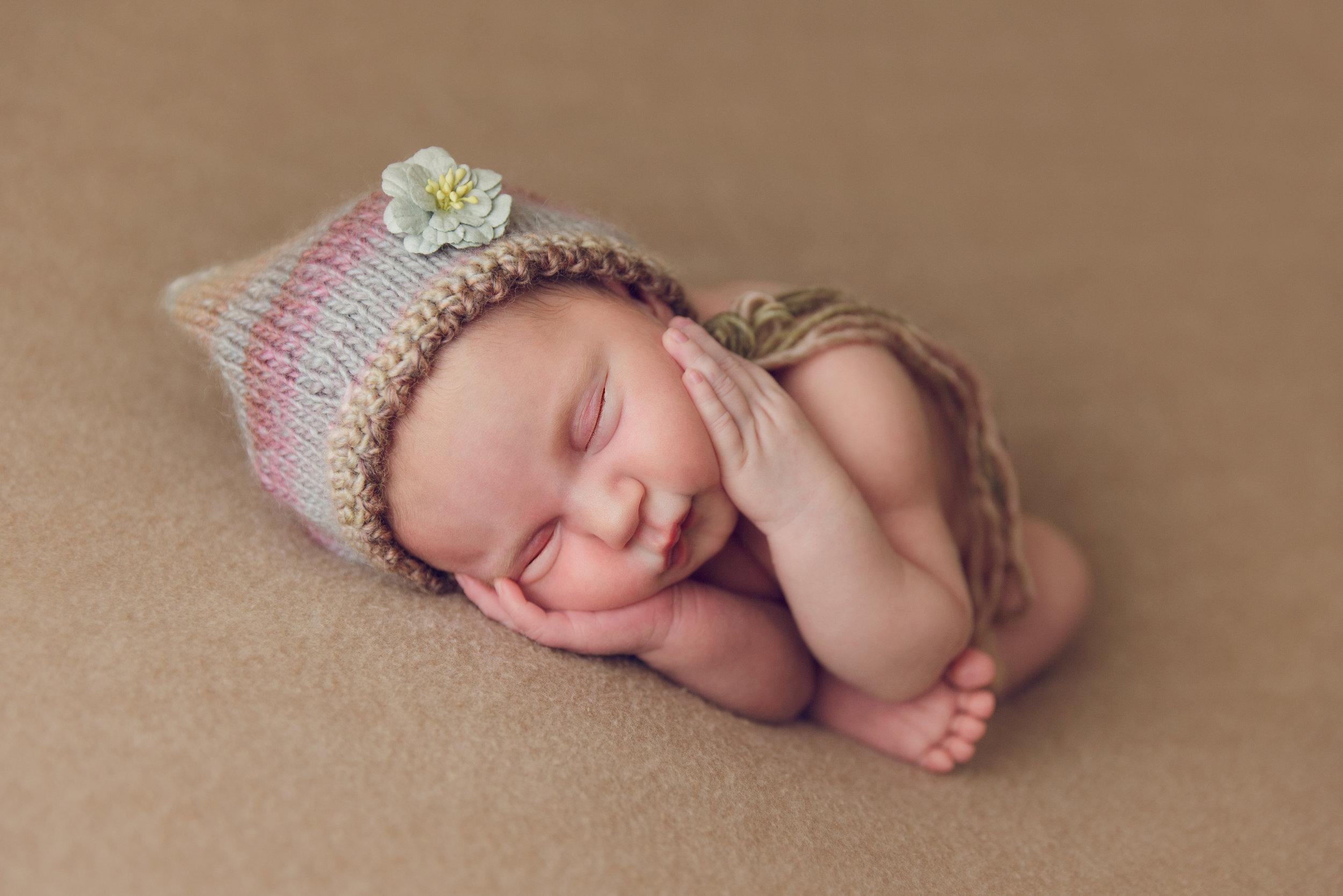 lily newborn -7.jpg