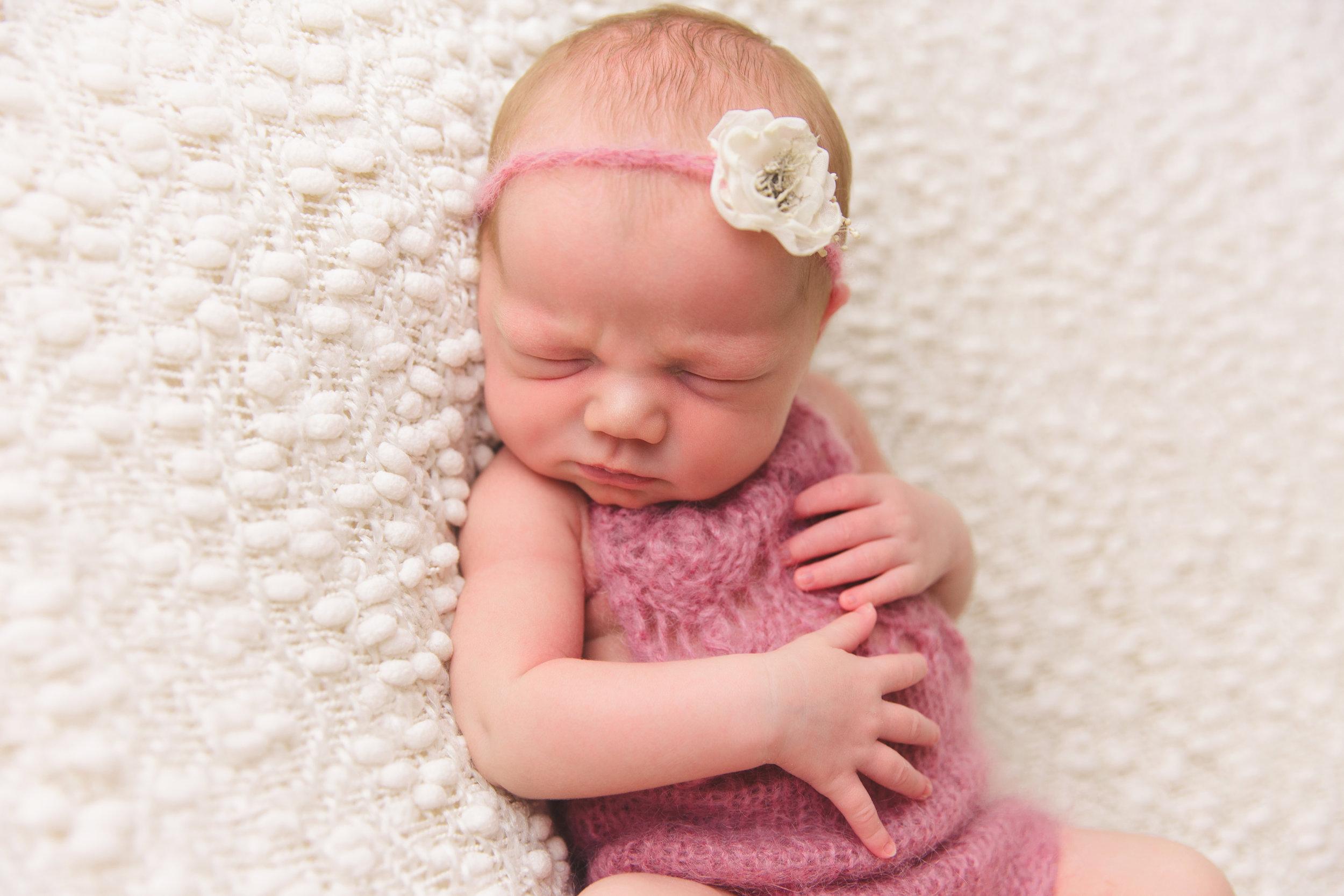 kolette newborn -32.jpg