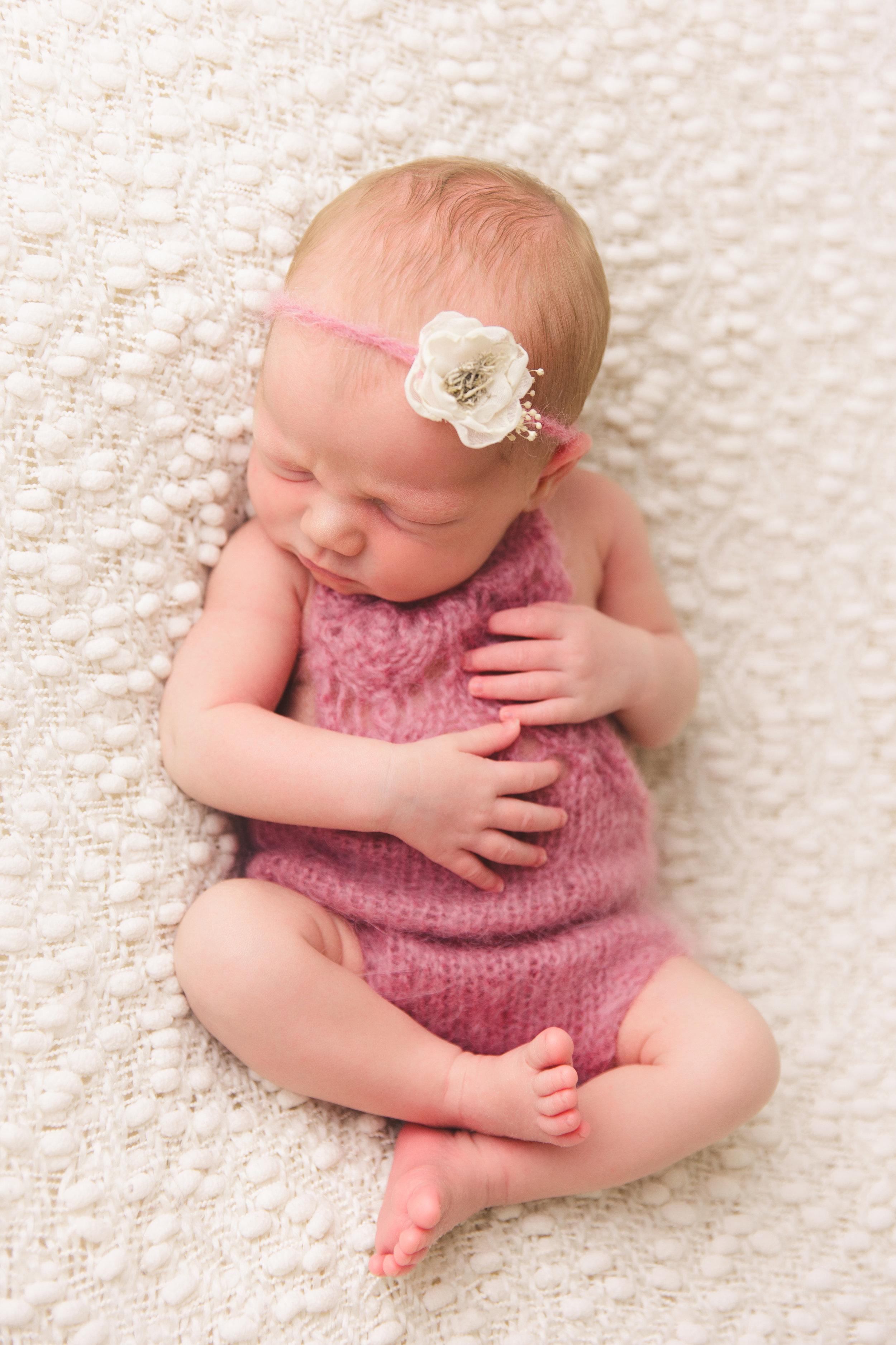 kolette newborn -33.jpg