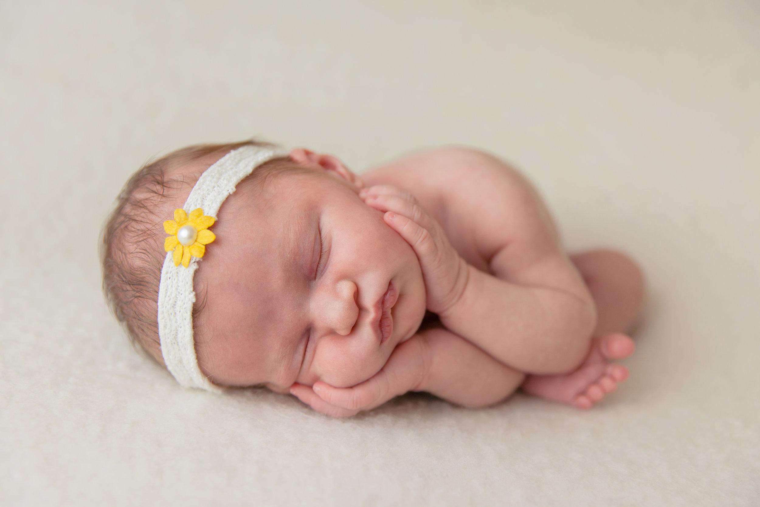 evangeline newborn -24.jpg