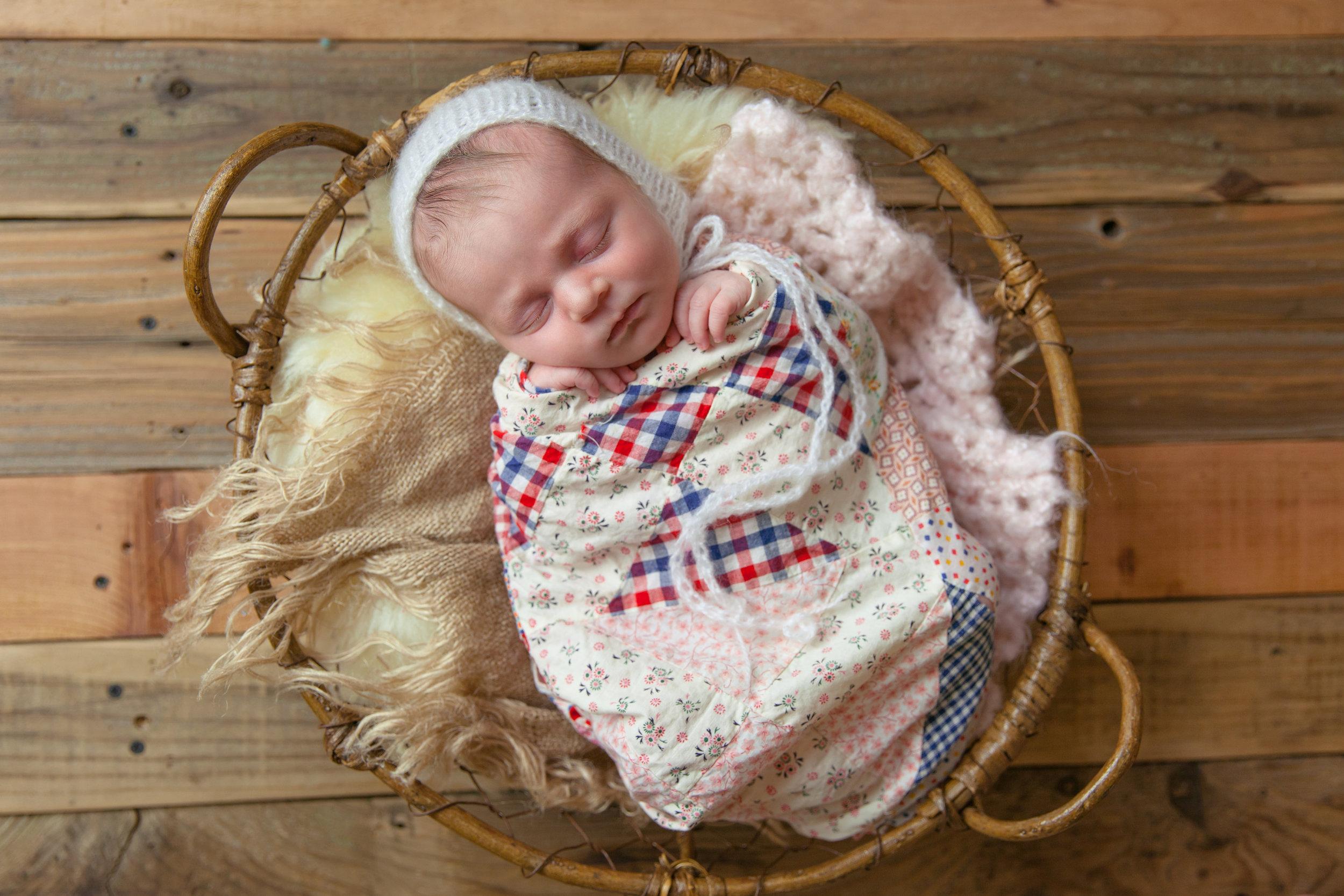 evangeline newborn -69.jpg