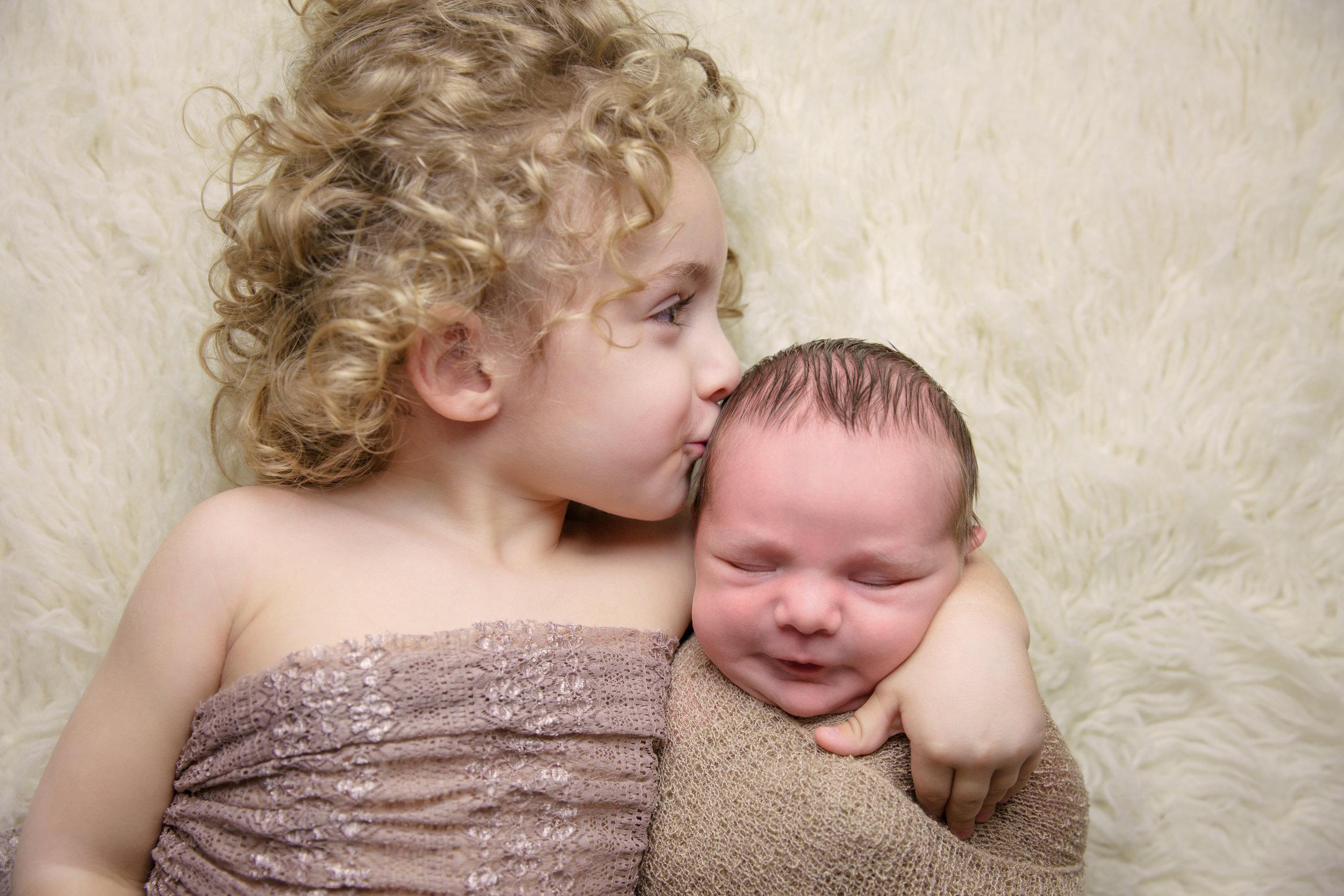 myles newborn  (8).jpg