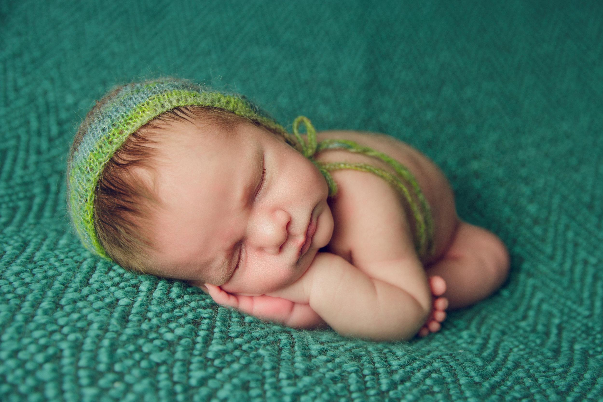 myles newborn  (16).jpg